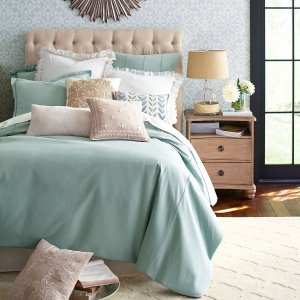 Up To 75% OffOne Big Sale & Clearance @ Pier 1 Imports