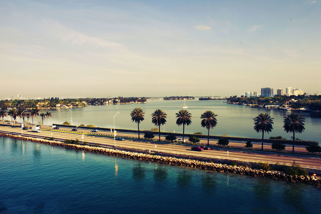 From $639 + Buy 2 Get 1 FreeMiami-Eastern US Coast 10 Day Tour @ iTuXing
