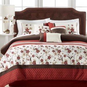 Up to 80% Off Bedding and Bath @ Macy's