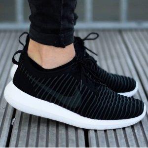 低至5折 + 无门槛免邮Nike 男女款 Roshe 系列跑鞋 轻便舒适