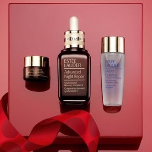 $30 Off Purchase & Free GiftEstée Lauder.com @ Gilt City