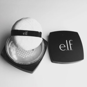 现价$2.99(原价$6.00)E.l.f. High Definition散粉热卖 随身定妆超方便