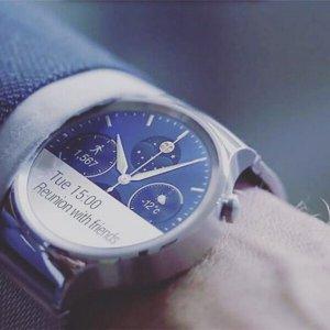 $199.99(原价$449.99)Huawei 华为 智能手表 - 黑色皮革表带