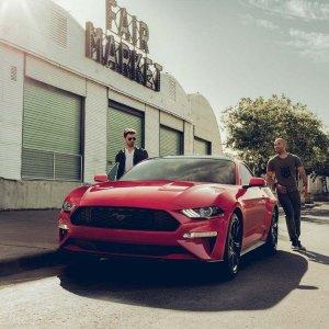 狂放野马,配马丁脸Ford Mustang 美式肌肉跑车