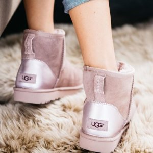 Up to 58% offUGG SHOES and BOOTS @ Shoes.com