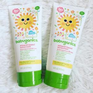 $8.99Babyganics Mineral-Based Baby Sunscreen Lotion, SPF 50, 6oz Tube (Pack of 2)