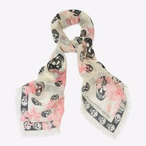 Up to 50% OffSS17 Scarves Sale @ Alexander McQueen