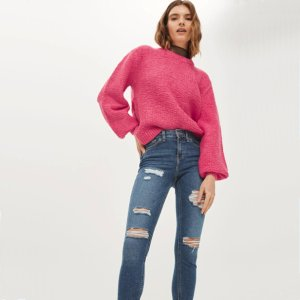 Up to 70% offSelect Sweaters and Knits @ TopShop