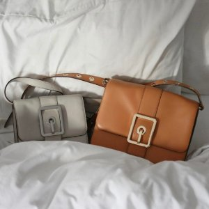 Extra 30% Off HOOK UP CONVERTIBLE CLUTCH Sale @ Rebecca Minkoff